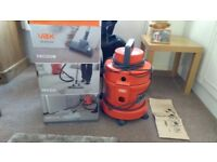 Vax 6132T wet and dry hoover
