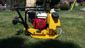 HONDA PLATE TAMPER COMPACTOR AND REVERSIBLE AVAILABLE + 1 YEAR WARRANTY + FREE SHIPPING BRITISH COLUMBIA WIDE !!!!!!!!!!