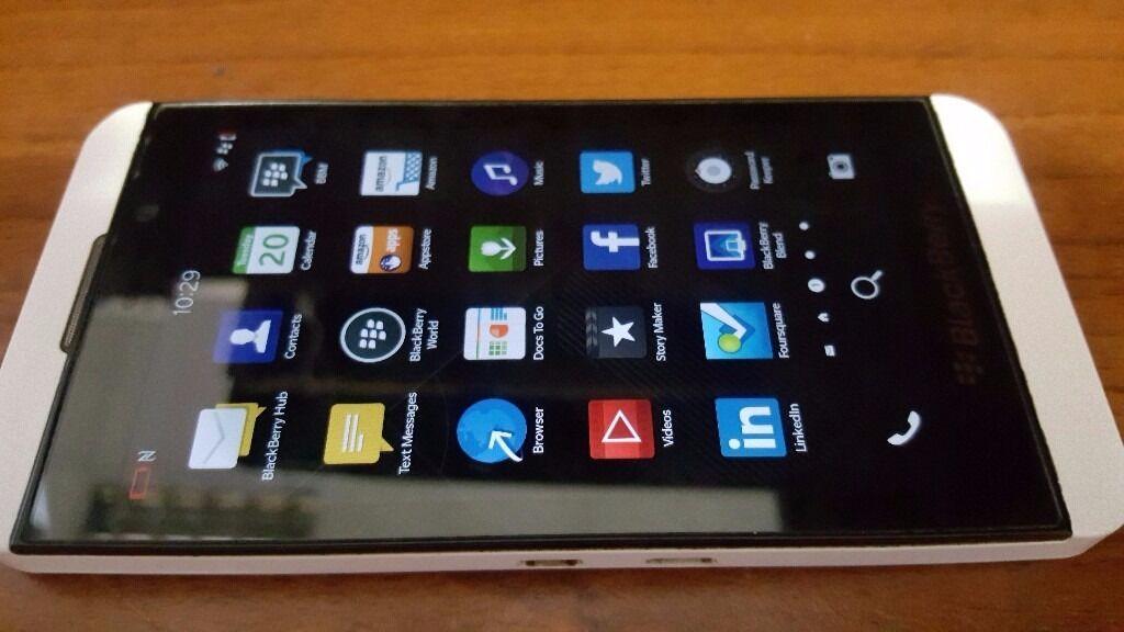 BlackBerry Z10 smartphone -Free Sim - unlocked