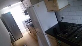Cheap Large Double Rooms Near Station Leytonstone 3mins to station(photos with new furniture coming)