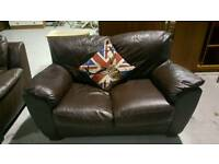 2 seater leather sofa can deliver 07808222995