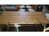 PINE DINING TABLE. SEATS 6