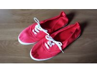 Neon pink trainers-size 7.5 (41)
