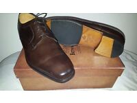 I HAVE FOR SALE A BRAND NEW IN BOX BERWICK MENS SHOE UK 9 1\2