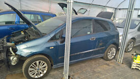 breaking fiat grande punto aviation blue code 133B all parts available
