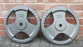 GOLDS GYM TRI GRIP 20KG CAST IRON WEIGHT PLATES - 1 inch holes