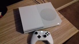 Xbox one s 1tb with 7 games