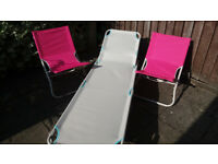 Sun lounge and beach chairs in CB1