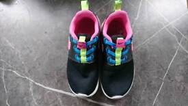Girls Nike trainers size 9.5