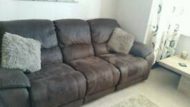 2 and 3 seater reclining sofas