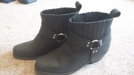 Schuch Black Leather ankle boots size 5