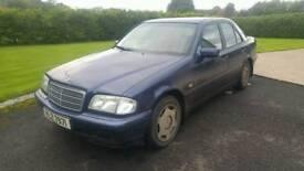 Mercedes Benz C200 lpg