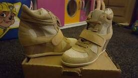 Ash ThelmaTrainer Boots