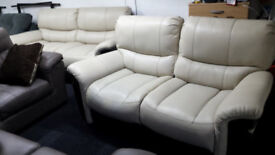 EX-DISPLAY SCS CREAM/BROWN STATIC 3 SEATER+POWER 2 SEATER RECLINER