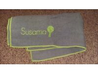 hot yoga towel / mat. Never been used.