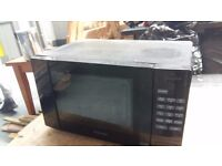 800 W CLOCKWORKS MICROWAVE OVEN WITH 6 MONTH WARRANTY. DELIVERY AVAILABLE