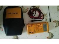 Fluke 29 multimeter
