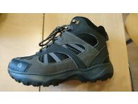 Regatta walking boots, size 3, used once