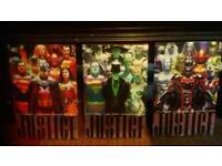 DC graphic novel's JUSTICE. Complete set