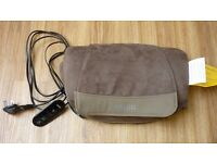 Homedics Deluxe Shiatsu Massage Pillow with heat SP-39H