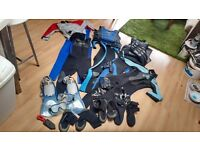 Childrens/kids/small wetsuit bootees, bouyancy aids, gloves, knife for sailing/canoeing