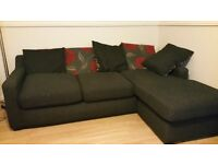 Corner sofa in grey. Great condition, Machine washable and comfy :)
