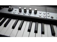 Korg MicroStation - keyboard / workstation / synth / sequencer