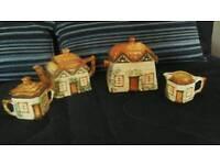 Tea set in Cottage design