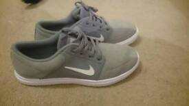 Women's size 6 Nike SB Trainers