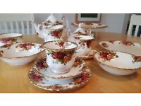 Royal Albert Old Country Roses china in excellent condition