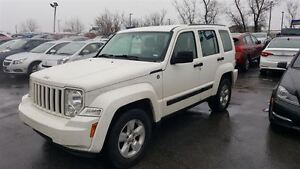 2010 Jeep Liberty 4X4 MAGS