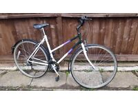 Raleigh Pioneer Spirit Ladies Classic Hybrid City Bike - Ideal Commuter