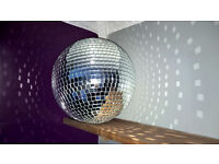 Large mirrorball, good condition