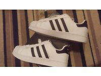 Adidas superstar size 5 new £30