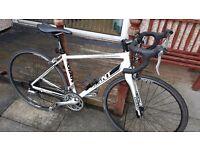 Giant Defy S3 road bike