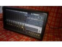 Peavey xr684 amplifier