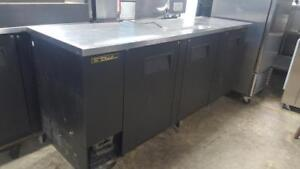 8 FT BACK BAR COOLER ( EXCELLENT WORKING CONDITION )
