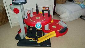 Toy garage/car park in excellent condition