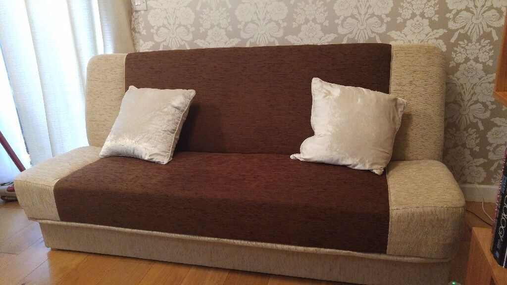 Sofa Bed like New!!! With loads of storage 197cm x 85 cm x high 85 cm