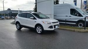 2015 Ford Escape SE - 4WD **ONE OWNER**