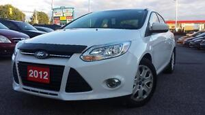 2012 Ford Focus SE                            *****LIKE NEW*****