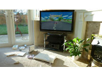Wii Game Console + Balance Board + extras - see photos