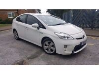 Toyota prius t4 new shape one company owner full toyota history camera half leather seats uk midel