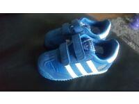 Adidas Dragon Ortholite trainers kids size 5 and a half K