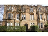 **STUDENTS STUDENTS STUDENTS** HMO 4 BED FLAT - HOLYROOD CRESCENT - £1850 - AVAILABLE 28TH JUNE**