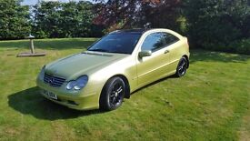 Merc C200 1800cc 2003. Class car with all the toys.