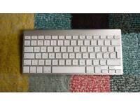Apple wireless keyboard UK