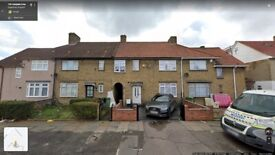 4 Bedroom house To LET in DAGENHAM on Campden Crescent RM8 2SD!!!