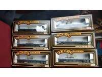 Mainline railways oo gauge bogie wagons
