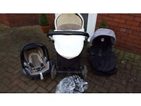 Oyster travel system with maxi cosi car seat